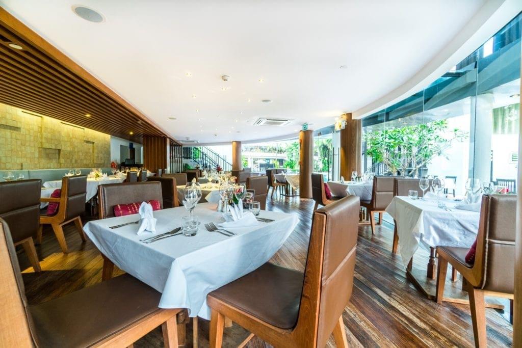 Ocean_s Restaurant Novotel karon