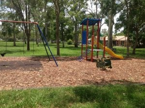 north boondall park with swingset