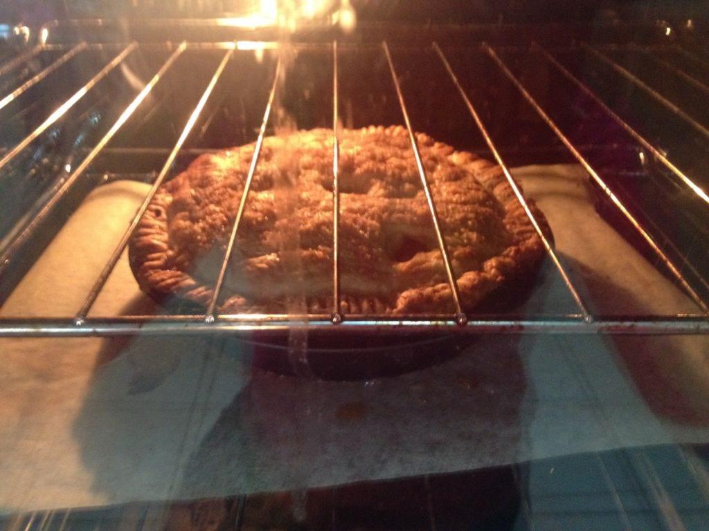 Easy Apple Pie Recipe with Kids
