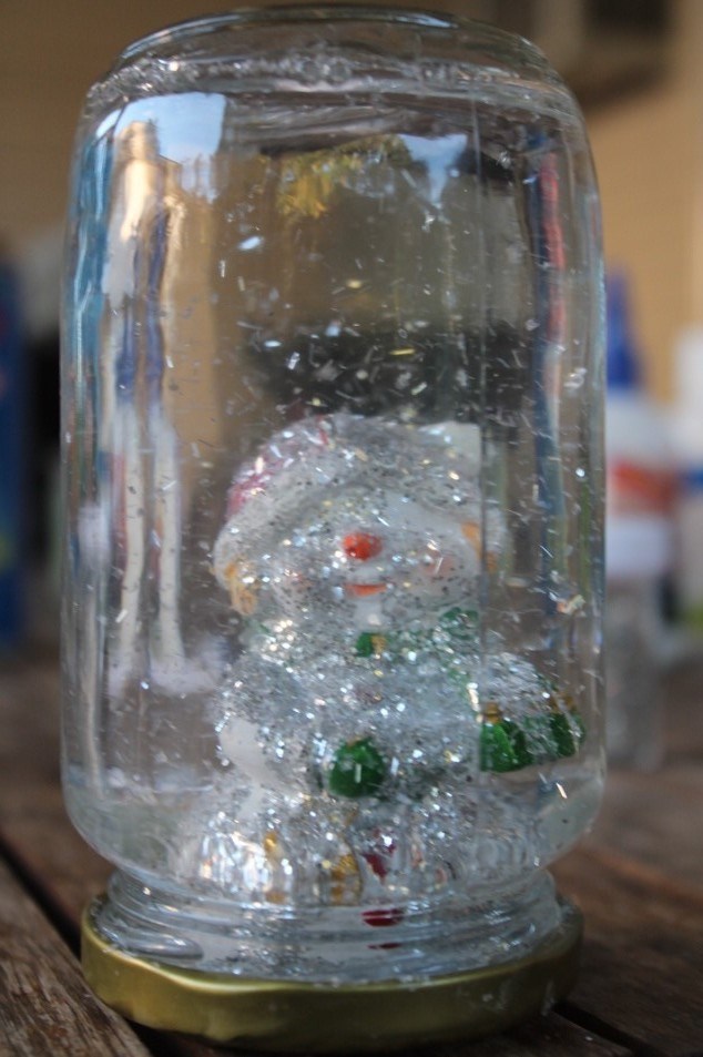 Christmas Craft with kids snow globes (6)