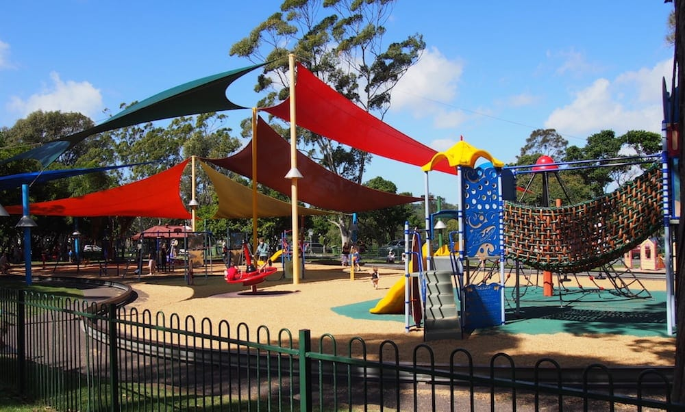 Laguna park things-to-do-on-the-gold-coast-with-kids
