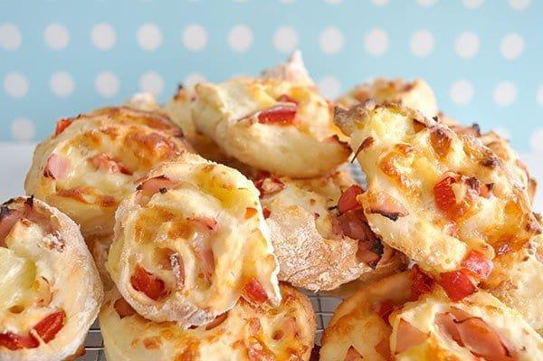 LUnch Box Easy Pizza Scrolls