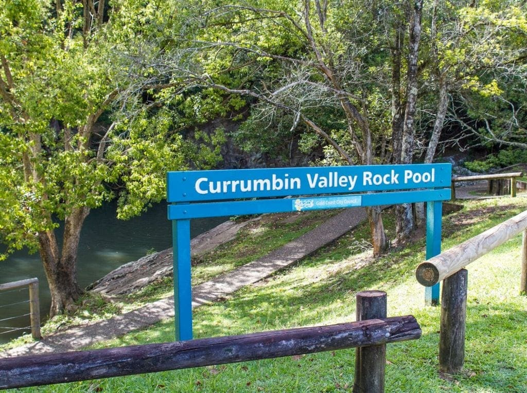 currumbin rock pools swimming gold coast fun