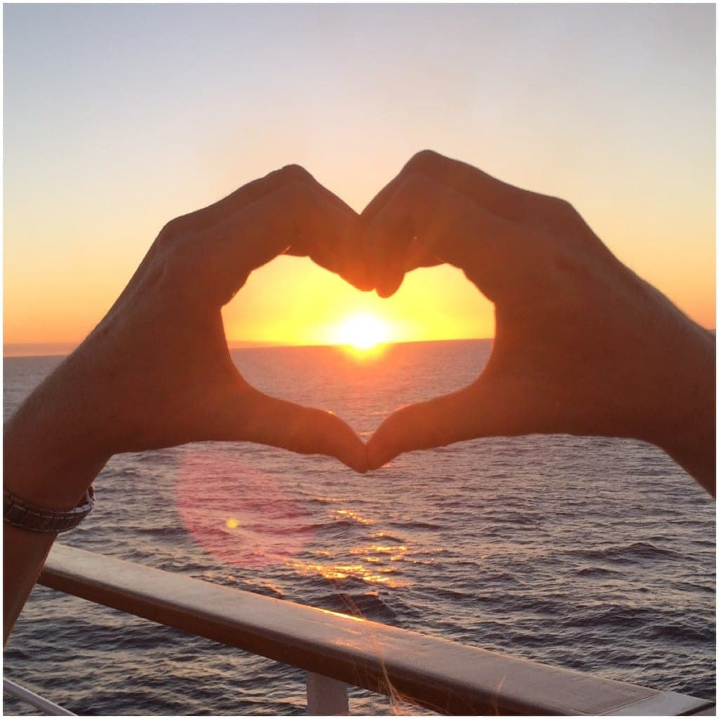 cool cruise photos - heart shaped sunset