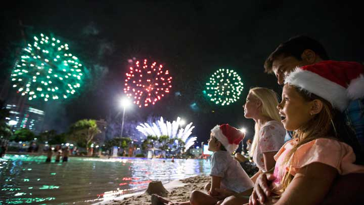 Children watching christmas-fireworks-south-bank
