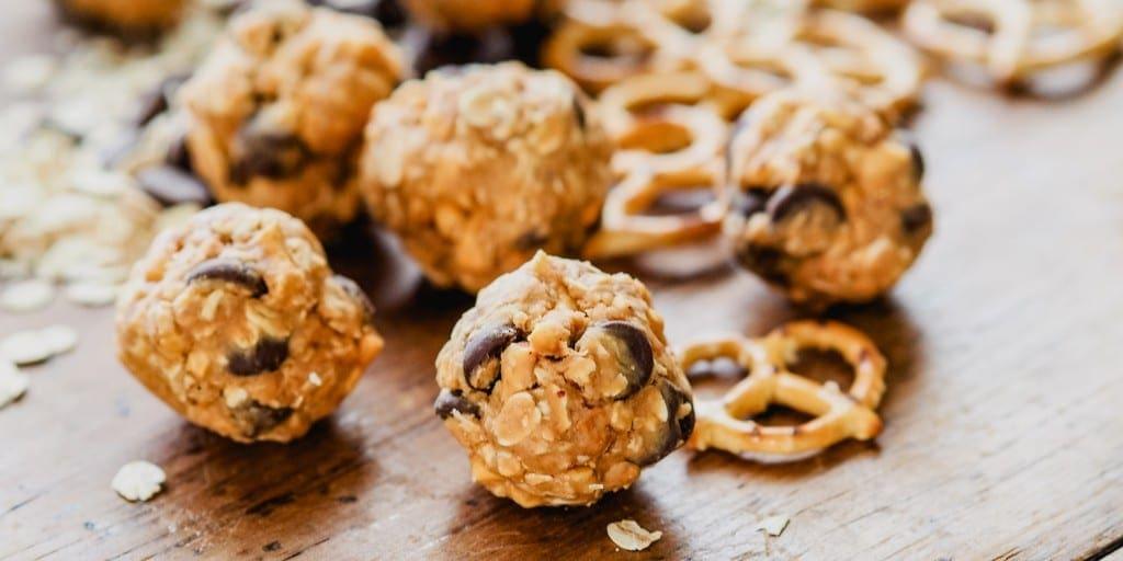 Snacks that won't ruin dinner Choc Peanut Pretzel Balls