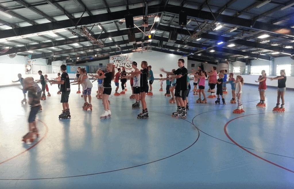 people roller skating at Digi roller skating rink