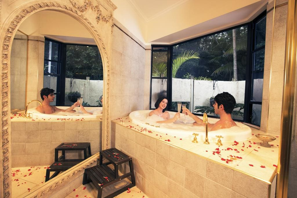 Escarpment Retreat and Day Spa couple