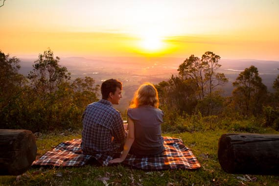 Rotary Lookout couple romantic sunset - family attractions