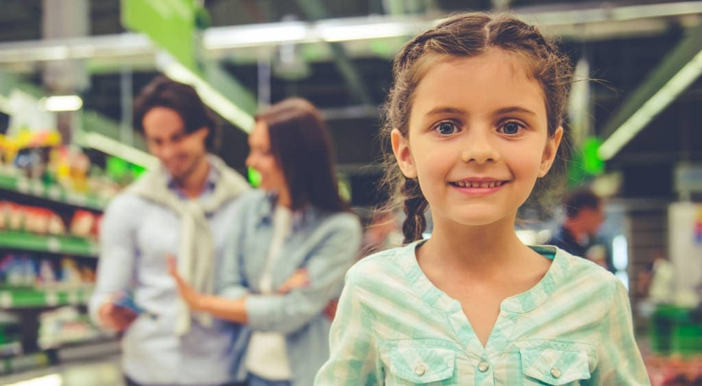 Five ways to wrangle your kids when you're shopping-1