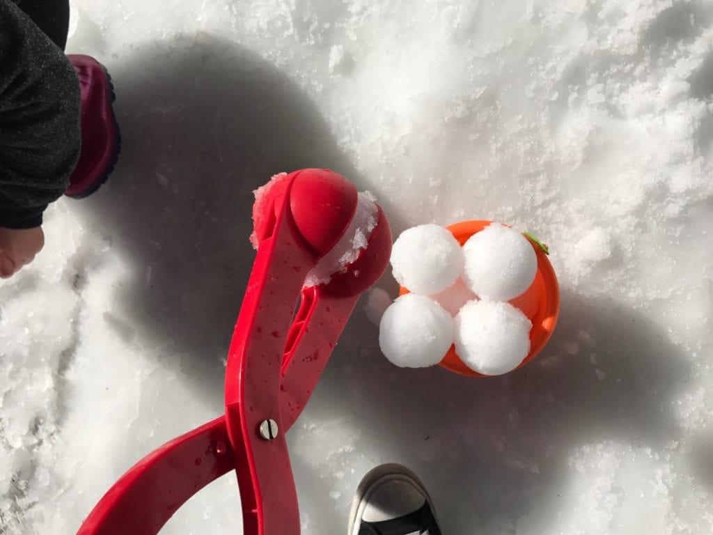 Snow 4 Kids snowball bucket and shovel