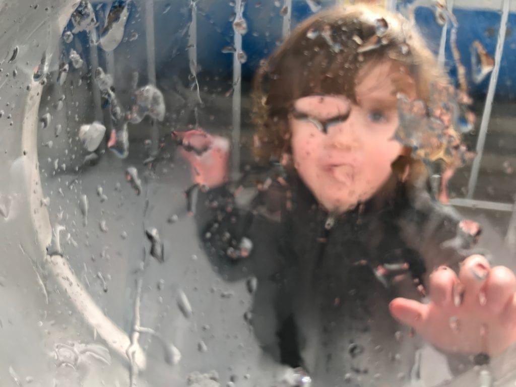 Snow 4 Kids throwing snowball
