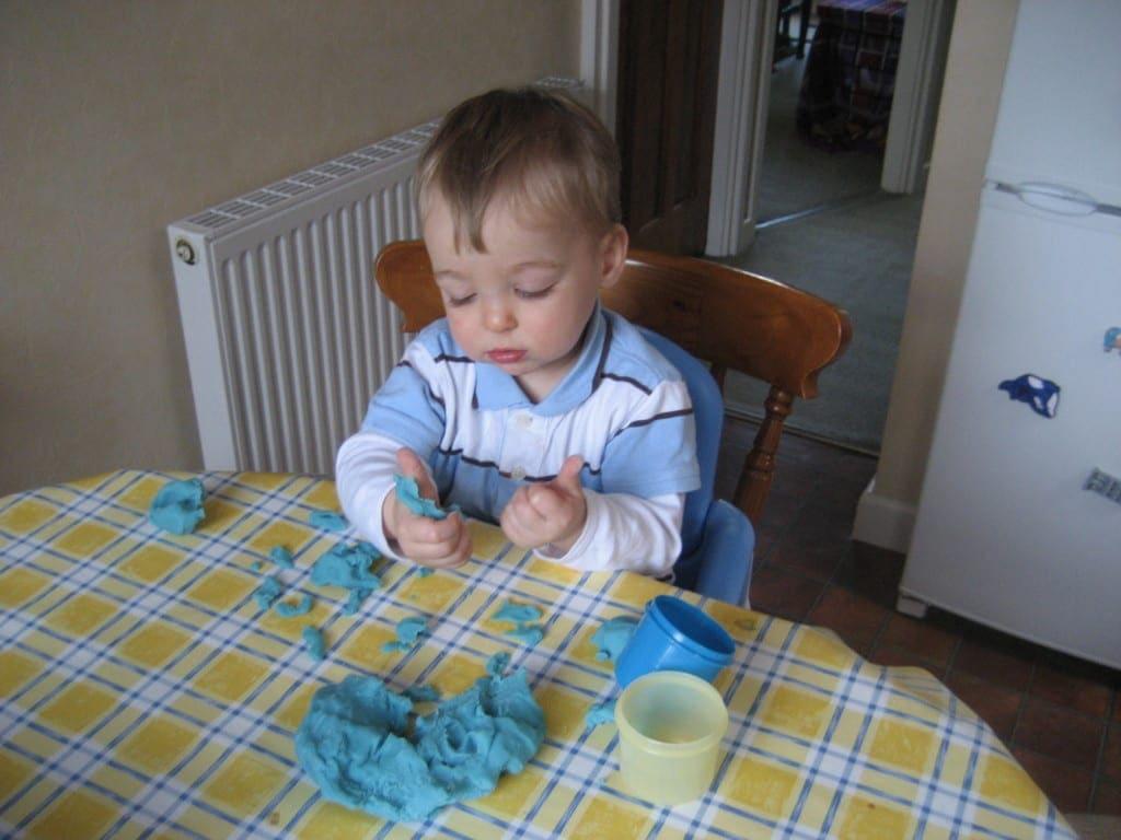indoor activities for kids toddlers