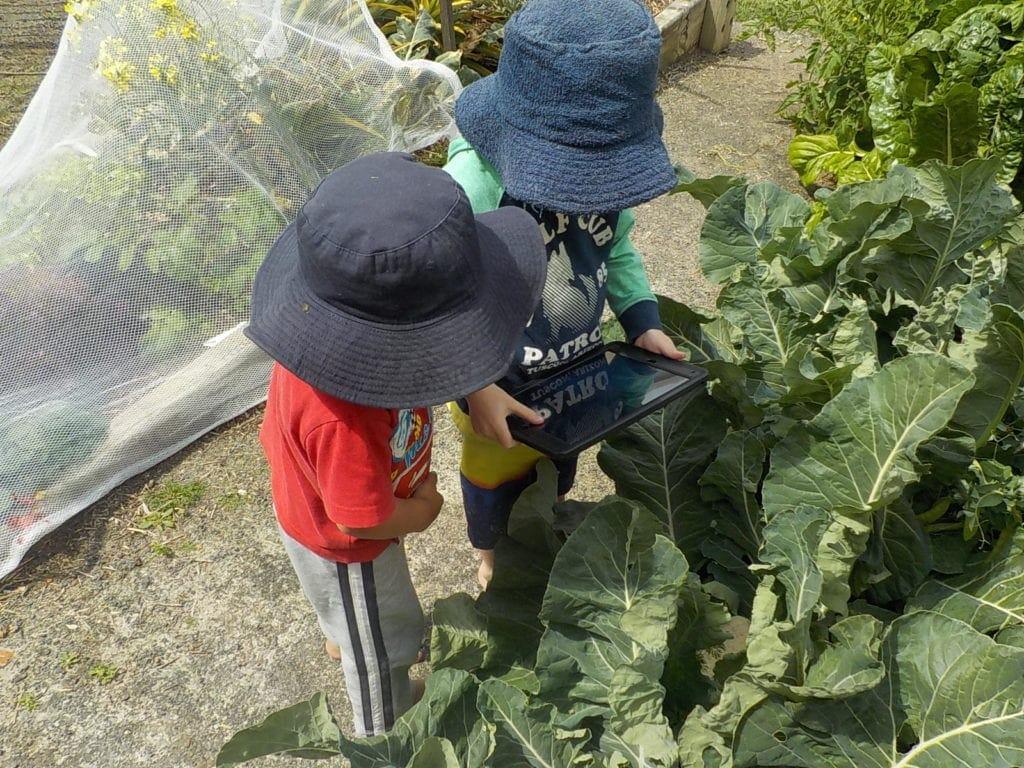 using technology with children garden