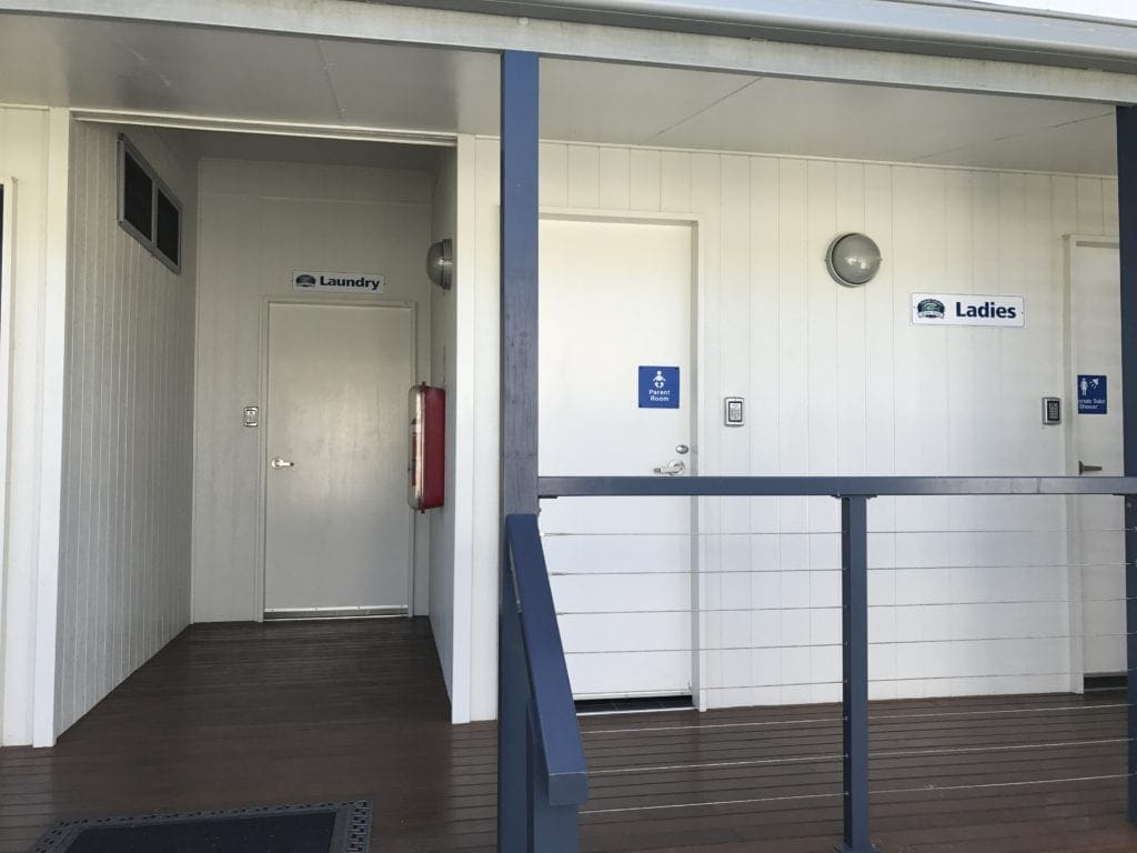 kingscliff north holiday park toilets