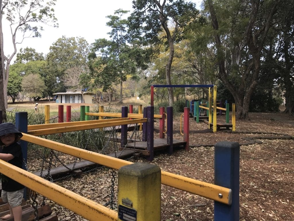 colmslie beach reserve obstacles