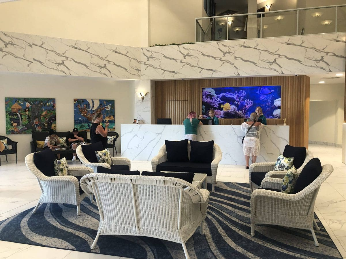 Paradise Resort Lobby