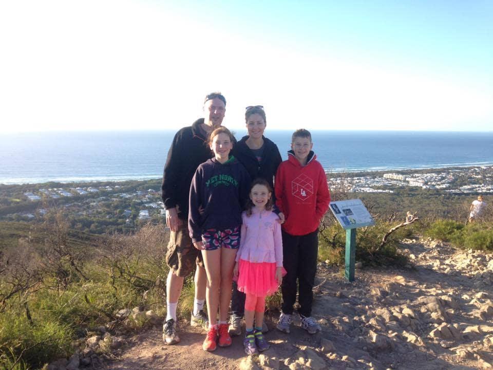 mt coolum family shot summit