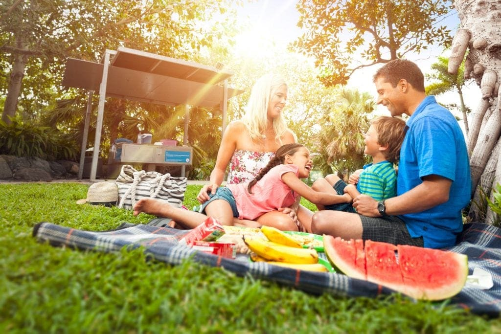 free long weekend activities picnic