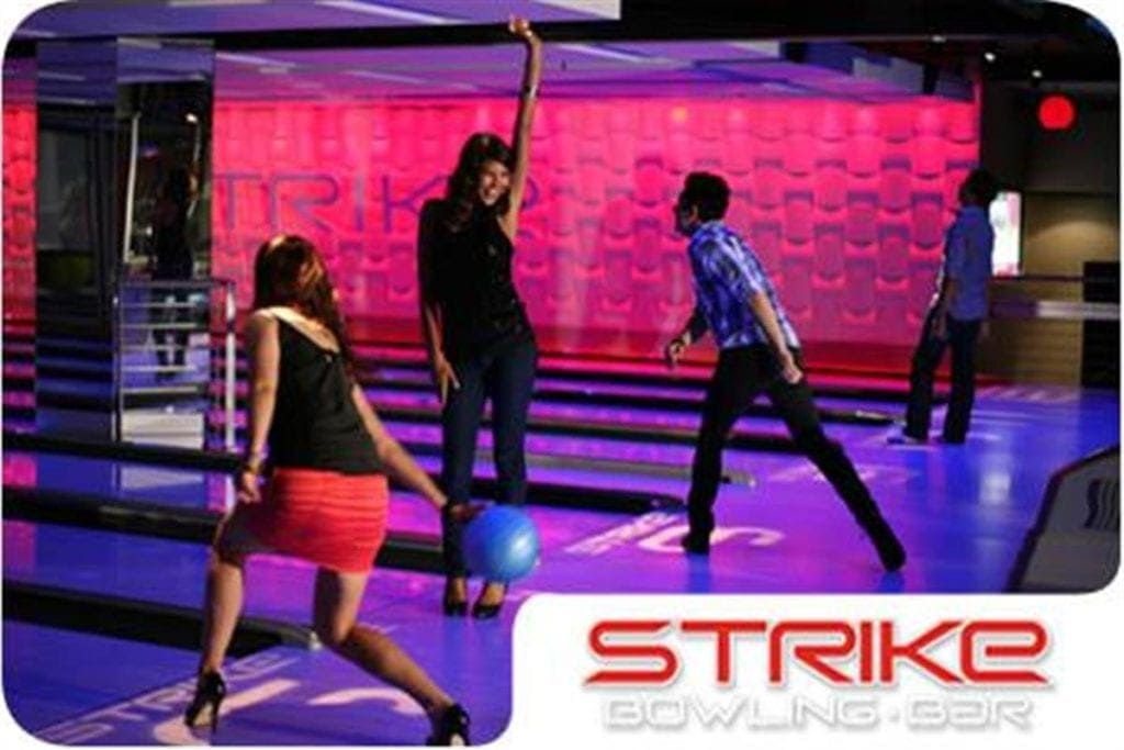 bowling in brisbane strike
