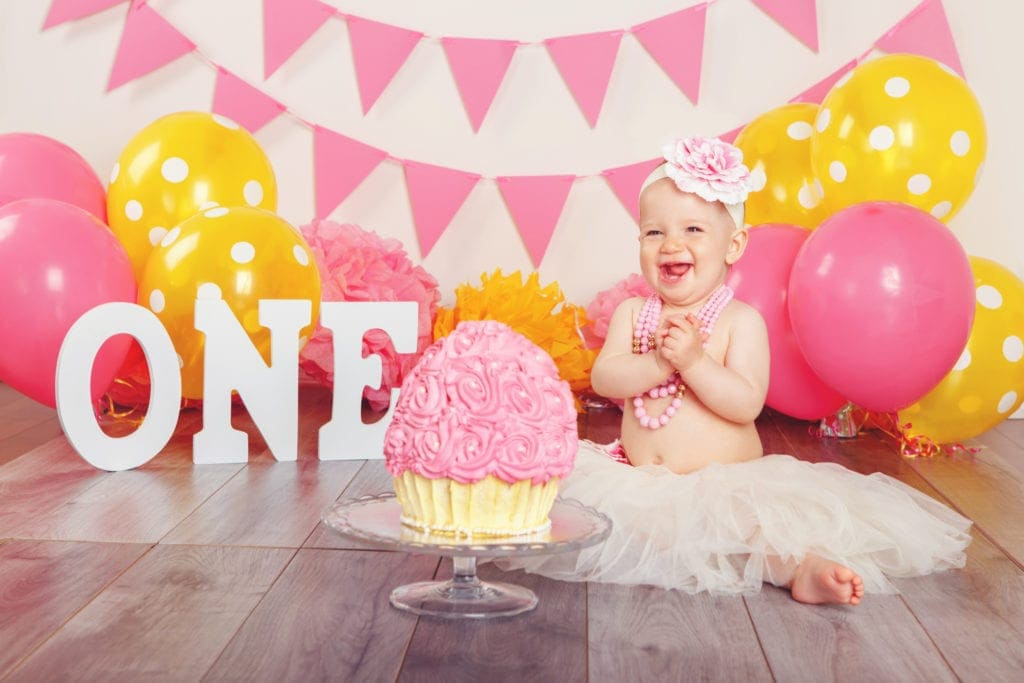 Pleasant How To Plan A Cake Smash Party Smash Cake Ideas For 1St Birthday Funny Birthday Cards Online Alyptdamsfinfo