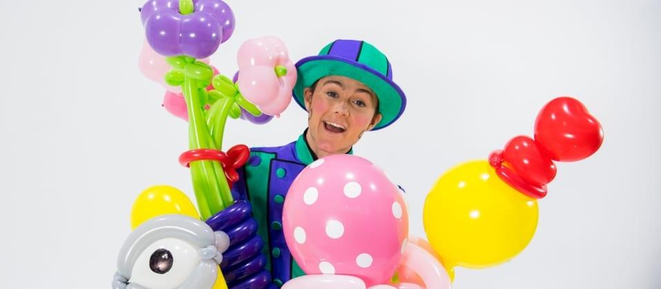 Balloon Twisting with Rhett Morrow   Macgregor