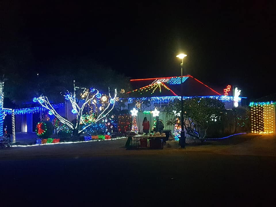 hawke place sinnamon park christmas lights