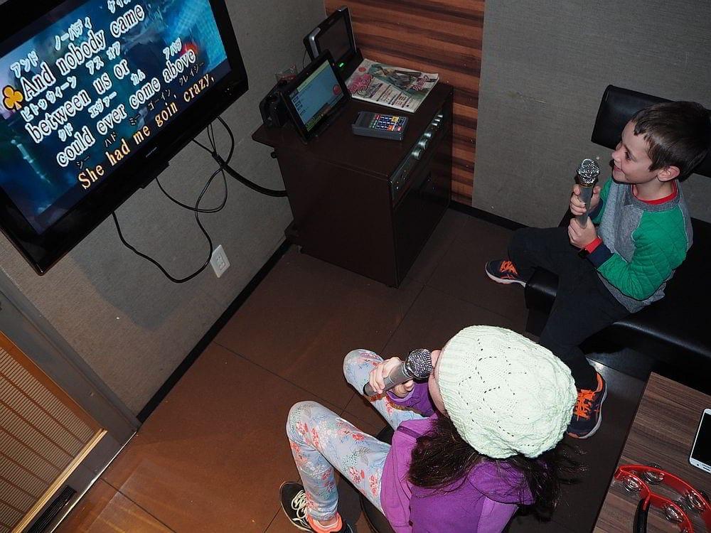 tokyo with kids karaoke