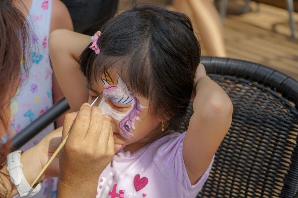 Everton Park Hotel Face Painting