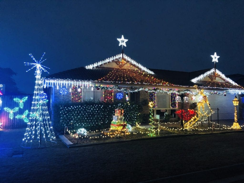 Wintergreen Close Bracken Ridge Christmas lights 2019