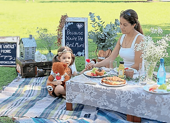 Mother's Day Picnic by The vintage Picnic