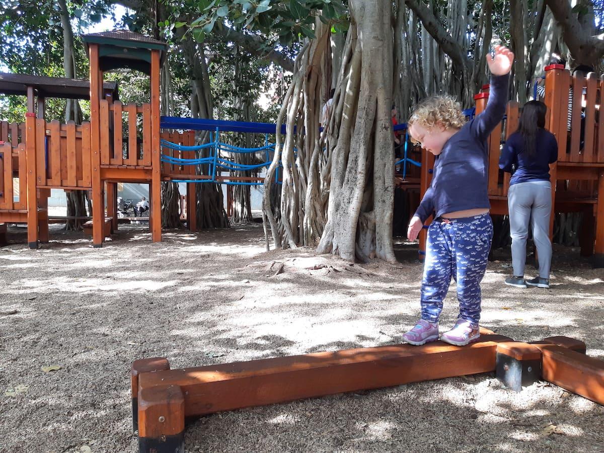 New Farm Park - balance
