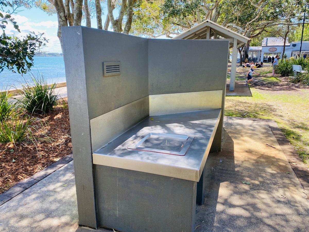 Bongaree Beach Day Trip from Brisbane
