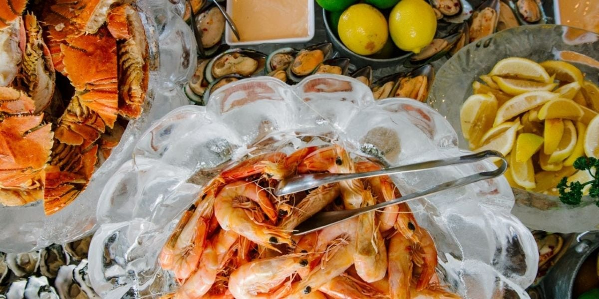 Regatta Hotel Christmas Day Seafood Buffet