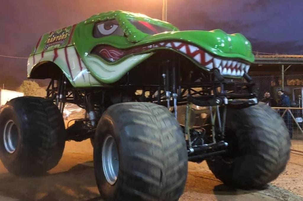Monster Trucks and Sprint Cars Archerfield Speedway