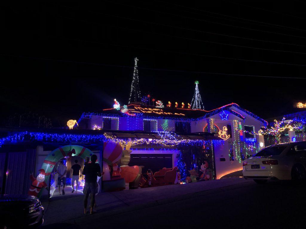 The best neighbourhoods for Christmas lights in Logan brisbane Southside