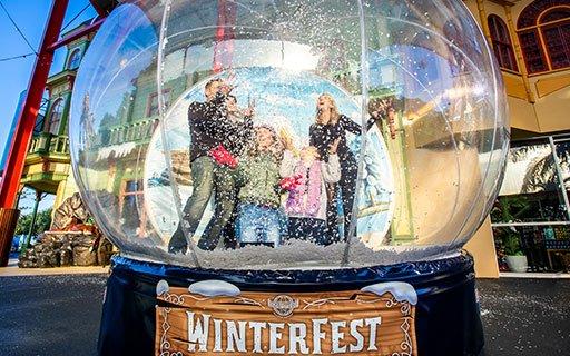 winterfest_snowglobe_512x320