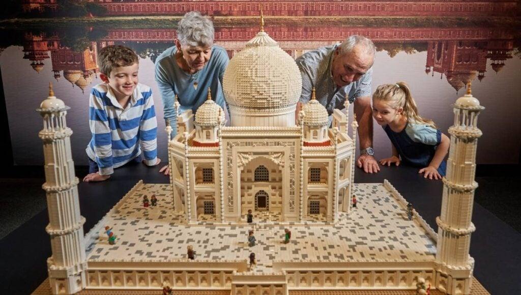 EKKA Public Holiday Lego