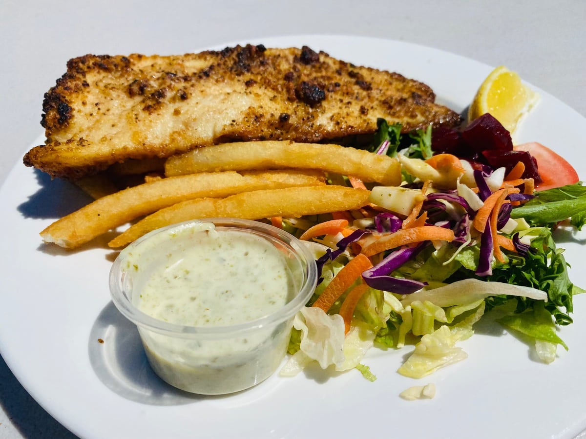 lunch on stradbroke island after snorkelling Tangalooma wrecks