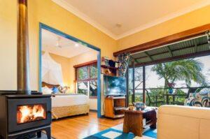 pet friendly accommodation sunshine coast airbnb